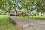 606 Sunview Dr - Photo 2