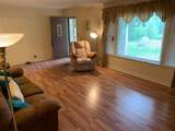 560 Reed Rd - Photo 3