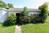 546 11th Ave - Photo 3