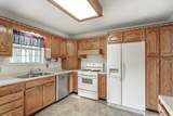 9921 Rolling Wind Dr - Photo 8