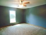 8710 Wooded Vale Ct - Photo 16