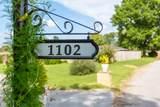 1102 Collins Cir - Photo 4