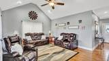 147 Thoroughbred Dr - Photo 4