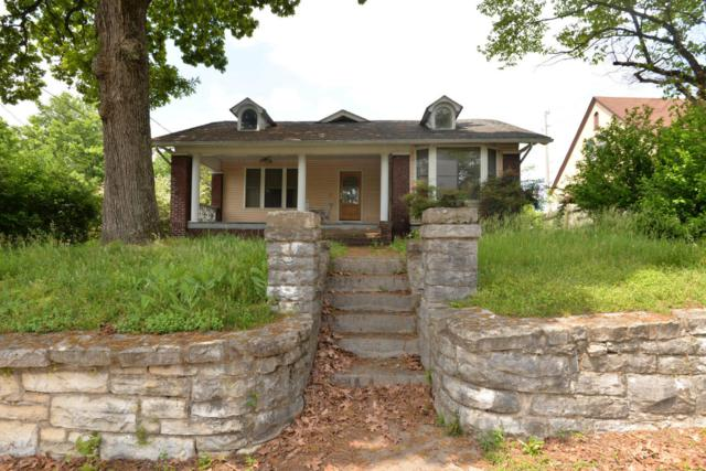 207 Forest Ave, Chattanooga, TN 37405 (MLS #1272259) :: The Robinson Team
