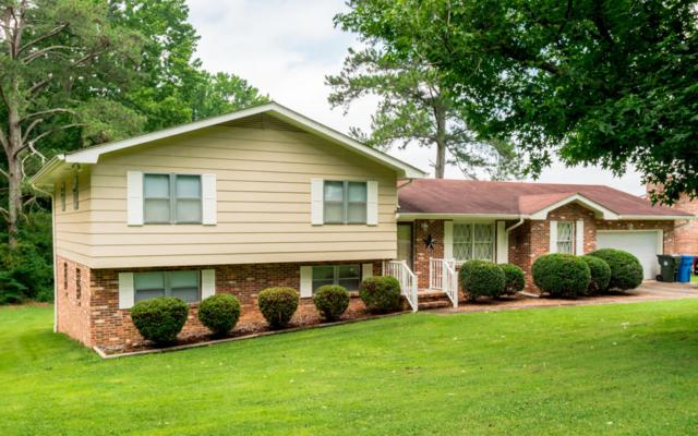 2119 Colonial Pkwy Dr, Chattanooga, TN 37421 (MLS #1284157) :: Denise Murphy with Keller Williams Realty
