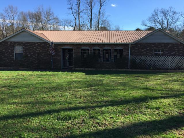 852 County Rd 250, Scottsboro, AL 35768 (MLS #1296403) :: The Mark Hite Team