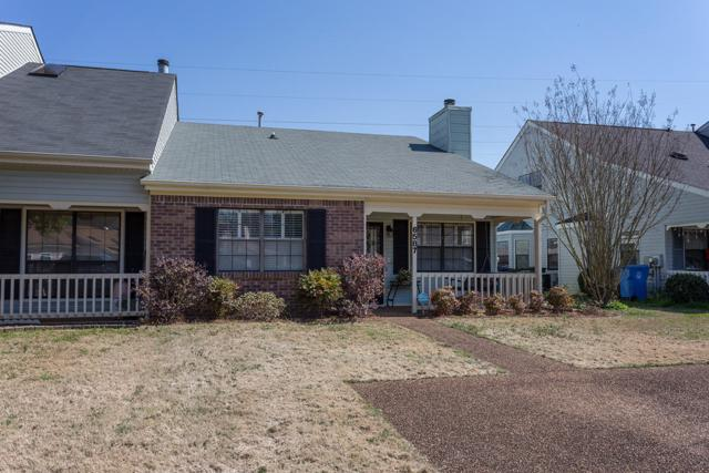 6587 Hickory Meadow Dr, Chattanooga, TN 37421 (MLS #1296583) :: Denise Murphy with Keller Williams Realty
