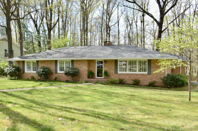 1014 W Crown Point Rd, Signal Mountain, TN 37377 (MLS #1298087) :: Chattanooga Property Shop