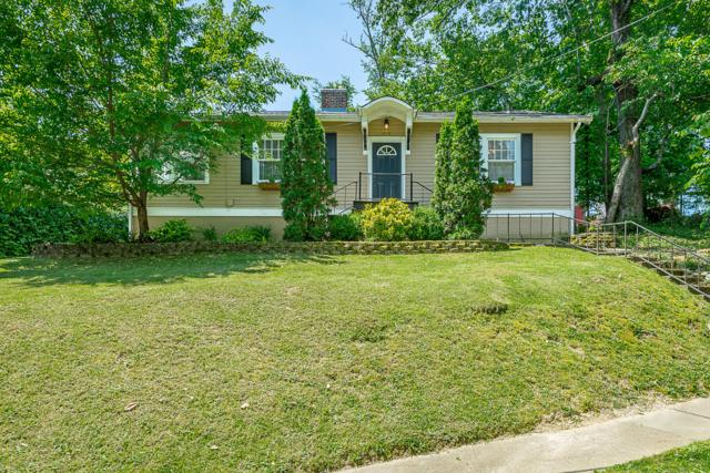 1010 Englewood Ave, Chattanooga, TN 37405 (MLS #1299997) :: The Mark Hite Team