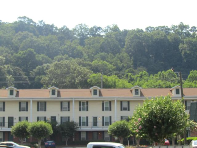 900 Mountain Creek I-122 Rd Apt 122, Chattanooga, TN 37405 (MLS #1301718) :: Chattanooga Property Shop