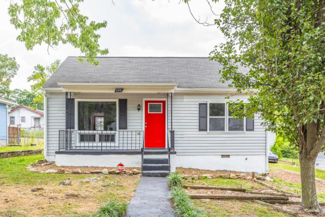 2713 13th Ave, Chattanooga, TN 37407 (MLS #1304302) :: The Mark Hite Team