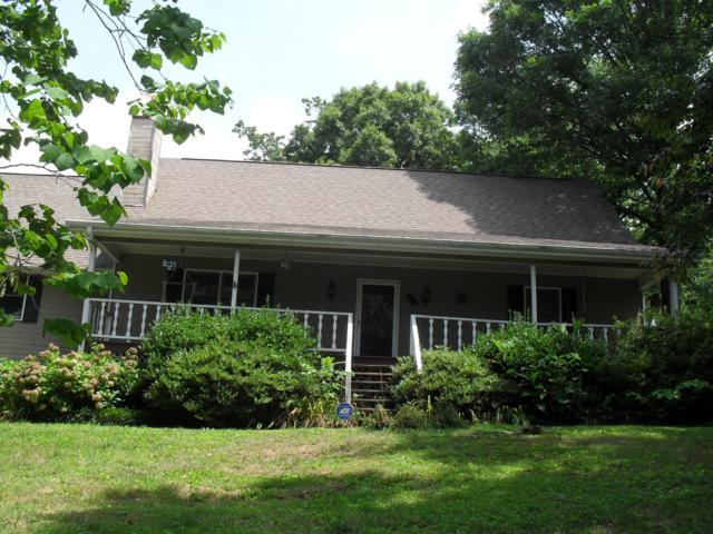 918 Autumn Way Ln, Signal Mountain, TN 37377 (MLS #1304838) :: Chattanooga Property Shop