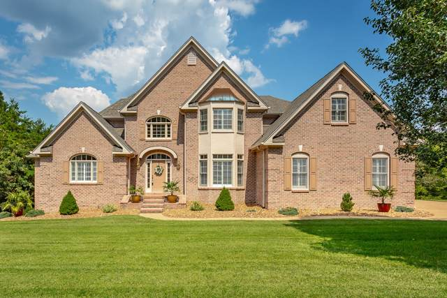 8 St Ives Way, Signal Mountain, TN 37377 (MLS #1306688) :: Chattanooga Property Shop