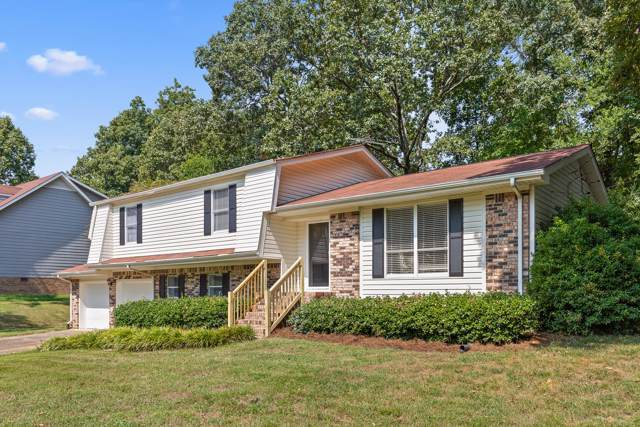 8807 Oak Valley Ln, Chattanooga, TN 37421 (MLS #1306918) :: Austin Sizemore Team