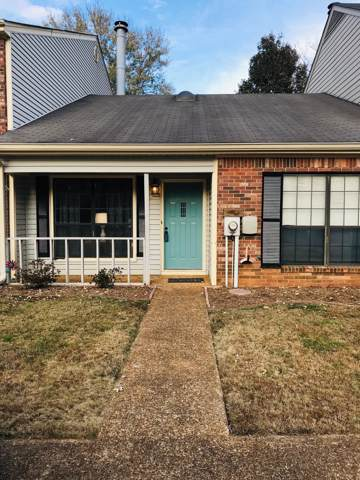 1315 Village Green Dr, Hixson, TN 37343 (MLS #1309616) :: Keller Williams Realty | Barry and Diane Evans - The Evans Group