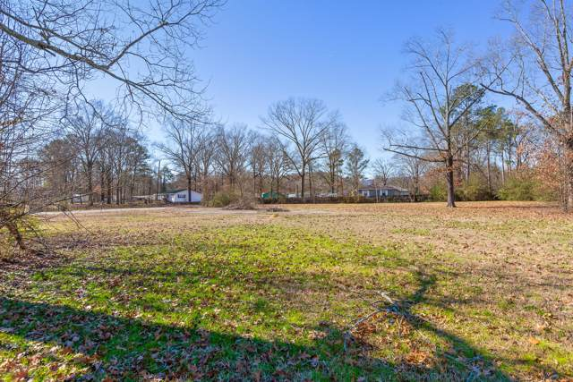 1423 Happy Valley Rd, Rossville, GA 30741 (MLS #1311848) :: The Jooma Team