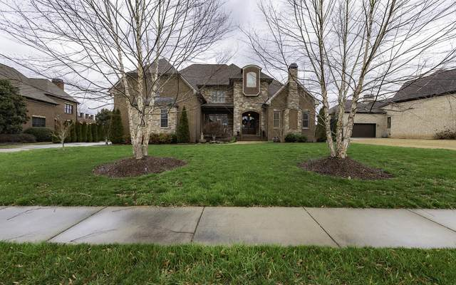 8034 Jonathan Dr, Ooltewah, TN 37363 (MLS #1313984) :: Grace Frank Group