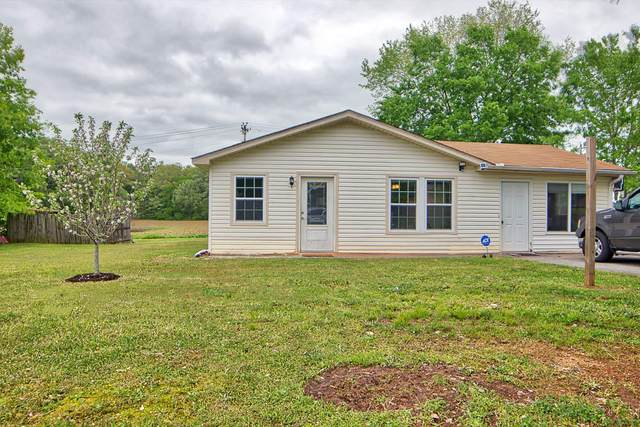 116 NW Chisholm Tr, Dalton, GA 30721 (MLS #1316855) :: The Robinson Team