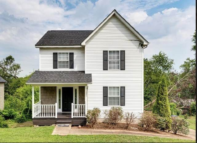 1002 Roselawn Dr, Chattanooga, TN 37421 (MLS #1322440) :: Keller Williams Realty | Barry and Diane Evans - The Evans Group