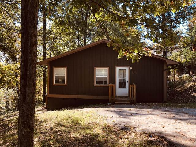 127 Creeks Bend Dr, Ringgold, GA 30736 (MLS #1326418) :: The Robinson Team