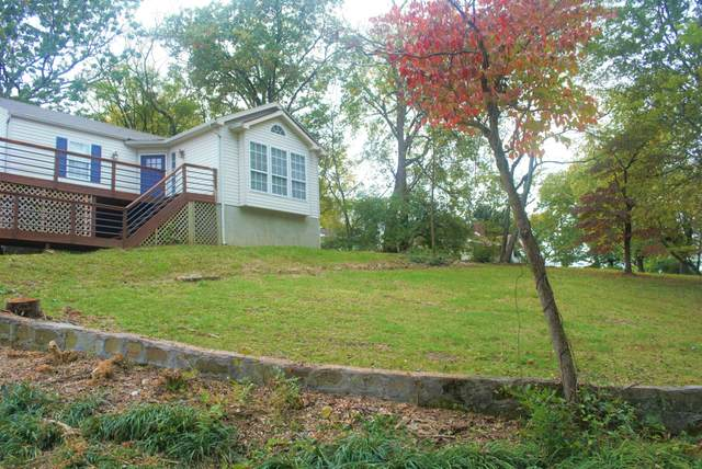305 Alabama Ave, Rossville, GA 30741 (MLS #1326452) :: The Jooma Team