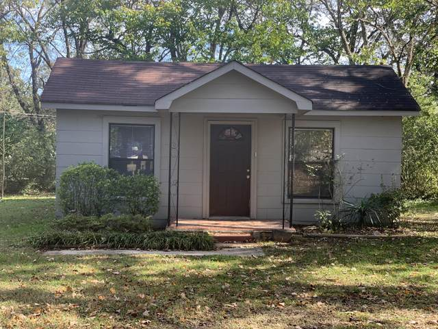 74 Bell Ave, Rossville, GA 30741 (MLS #1326904) :: Austin Sizemore Team