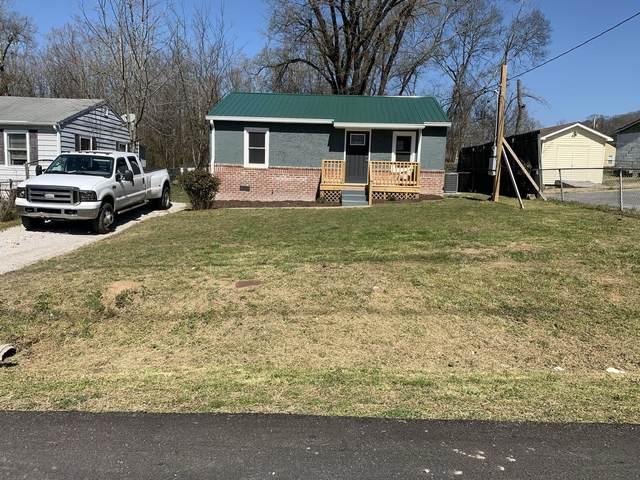 204 E Oak St, Rossville, GA 30741 (MLS #1332388) :: The Hollis Group