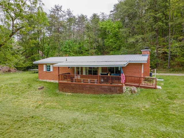1960 Dry Valley Rd, Rossville, GA 30741 (MLS #1334657) :: The Mark Hite Team