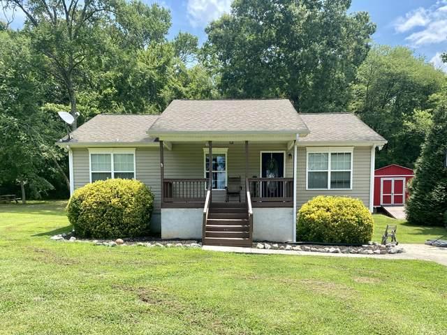 3018 NE Pine Dr, Dalton, GA 30721 (MLS #1339062) :: Elizabeth Moyer Homes and Design/Keller Williams Realty