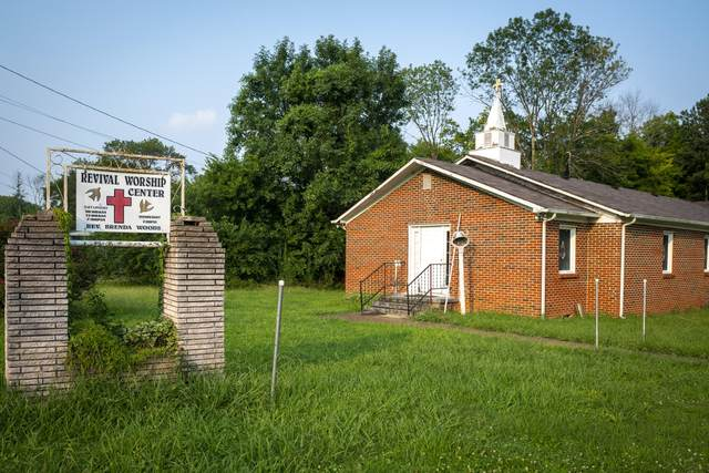 824 Ogrady Dr, Chattanooga, TN 37419 (MLS #1340248) :: Elizabeth Moyer Homes and Design/Keller Williams Realty