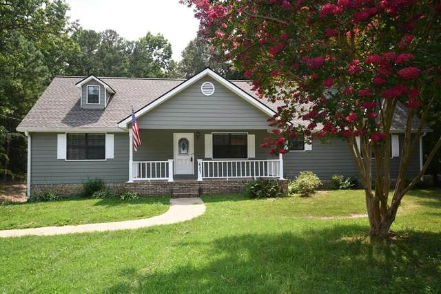 627 Castleview Dr, Ringgold, GA 30736 (MLS #1340783) :: The Jooma Team
