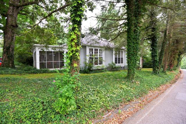 309 W Brow Rd, Lookout Mountain, TN 37350 (MLS #1341014) :: Smith Property Partners