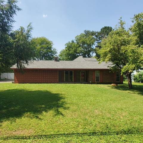 923 Charlotte Ave, Chattanooga, TN 37421 (MLS #1343097) :: The Hollis Group