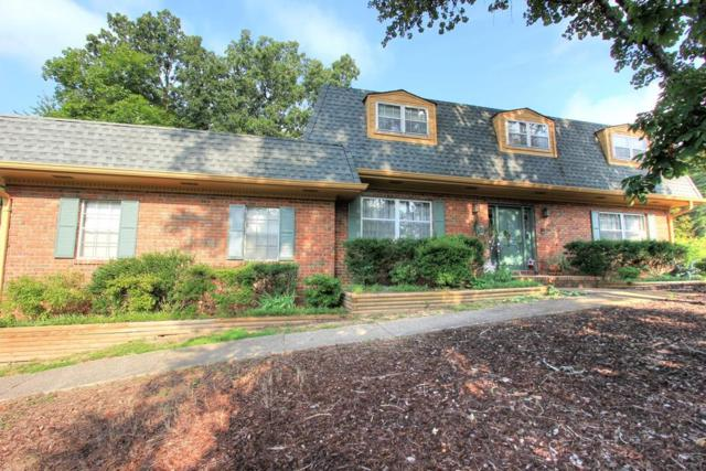 527 Oak Crest Ln, Hixson, TN 37343 (MLS #1271750) :: Chattanooga Property Shop