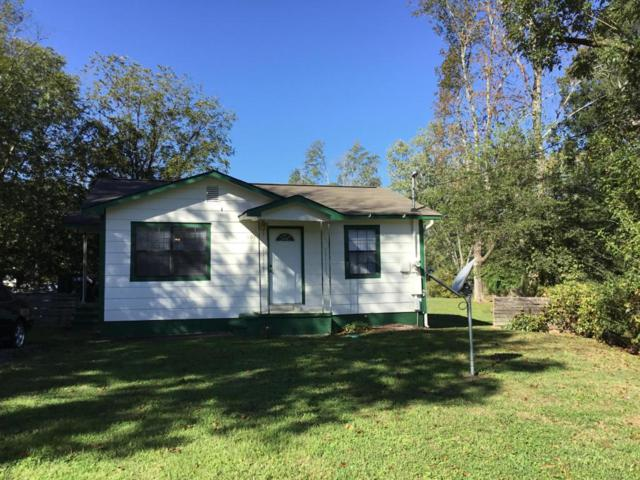 1017 Logan Ave, Rossville, GA 30741 (MLS #1271977) :: The Robinson Team