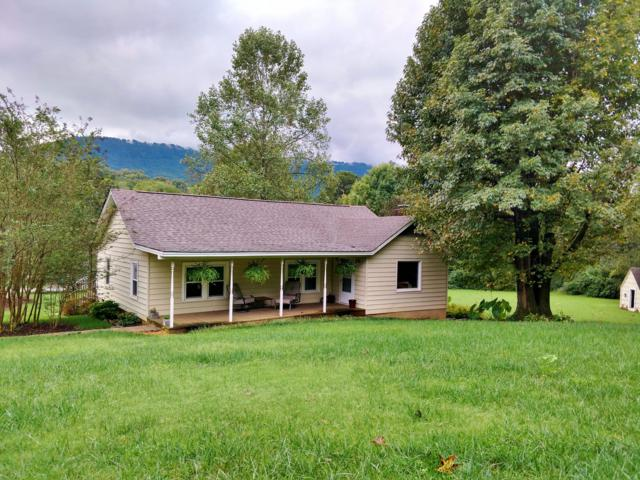 3218 Parker Ln, Chattanooga, TN 37419 (MLS #1289491) :: Chattanooga Property Shop