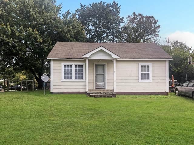 194 E Pine St, Rossville, GA 30741 (MLS #1325812) :: Smith Property Partners