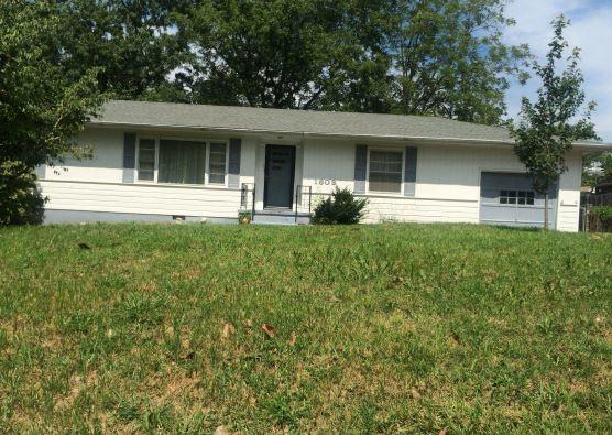 1603 Melody Ln, Chattanooga, TN 37412 (MLS #1272521) :: The Mark Hite Team