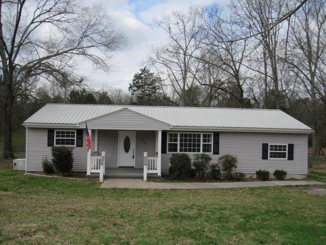 218 Longwood St, Chickamauga, GA 30707 (MLS #1277236) :: Chattanooga Property Shop