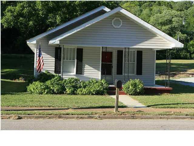 2413 Stuart St, Chattanooga, TN 37406 (MLS #1287977) :: The Robinson Team