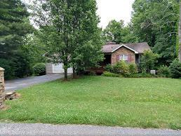 8949 Cherokee Tr, Crossville, TN 38572 (MLS #1288435) :: Chattanooga Property Shop