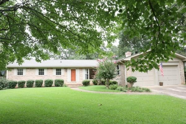 2825 St Lawrence Rd, Chattanooga, TN 37421 (MLS #1289163) :: The Robinson Team