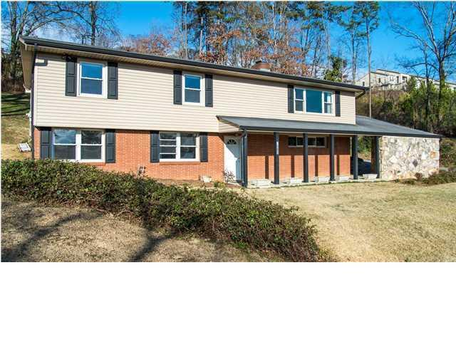 7301 Elaine Cir, Chattanooga, TN 37421 (MLS #1290646) :: Keller Williams Realty   Barry and Diane Evans - The Evans Group
