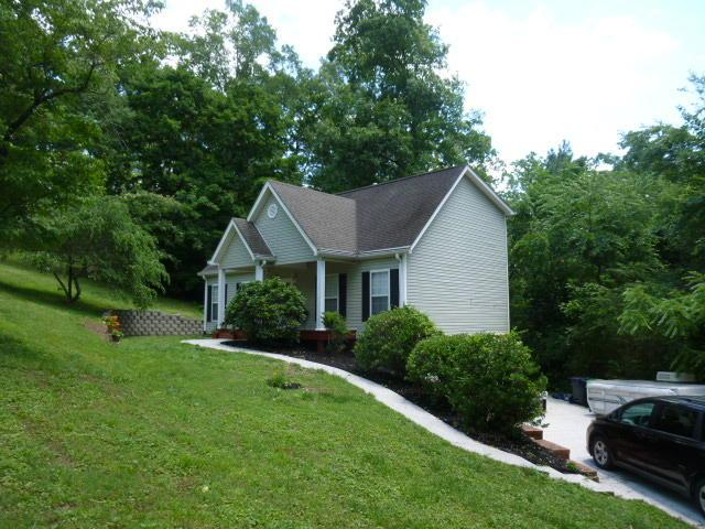 120 Old Homestead Dr, Chickamauga, GA 30707 (MLS #1301574) :: The Mark Hite Team