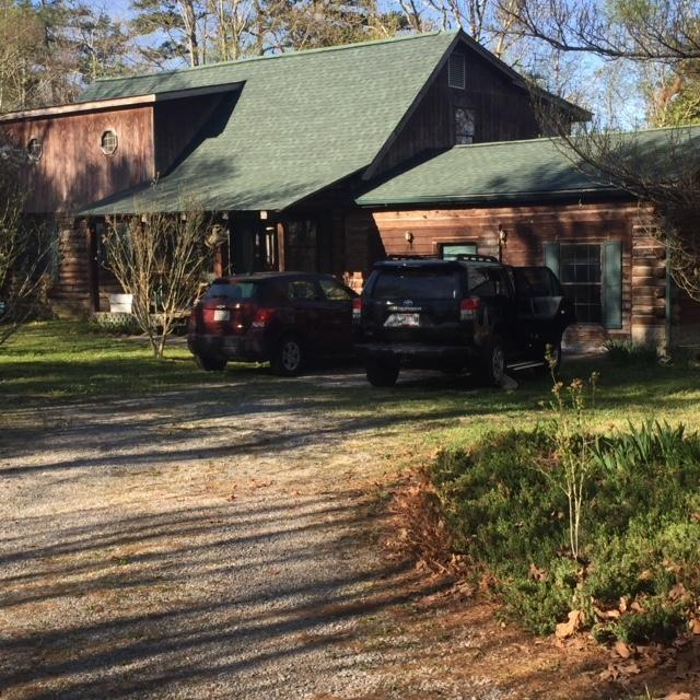 844 Miller Cove Rd, Signal Mountain, TN 37377 (MLS #1303940) :: Chattanooga Property Shop