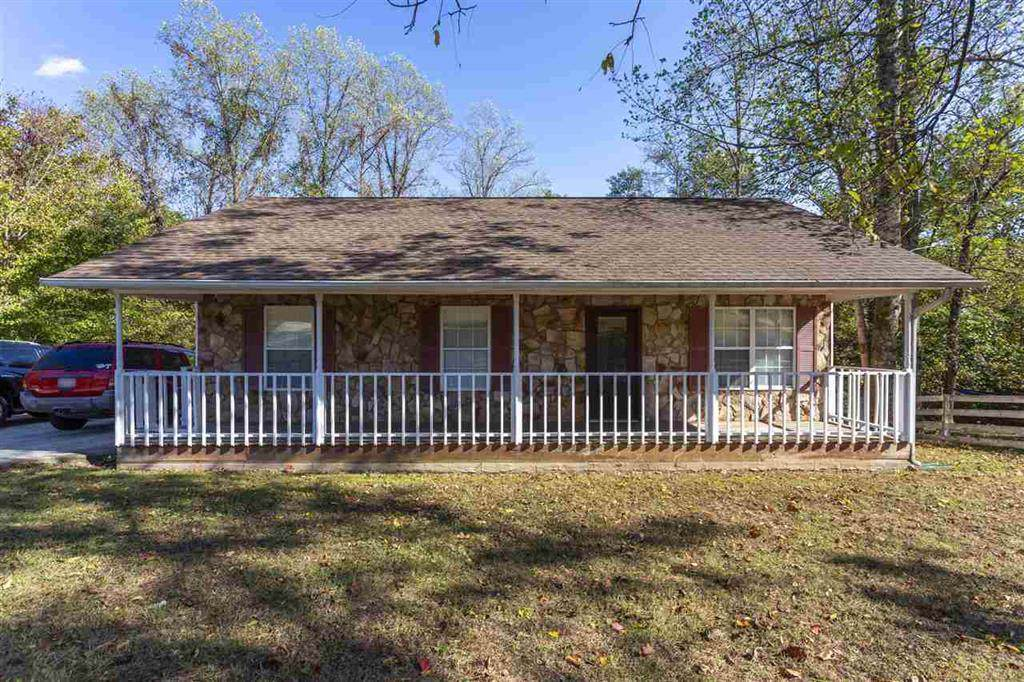 555 Indian Hills Dr - Photo 1