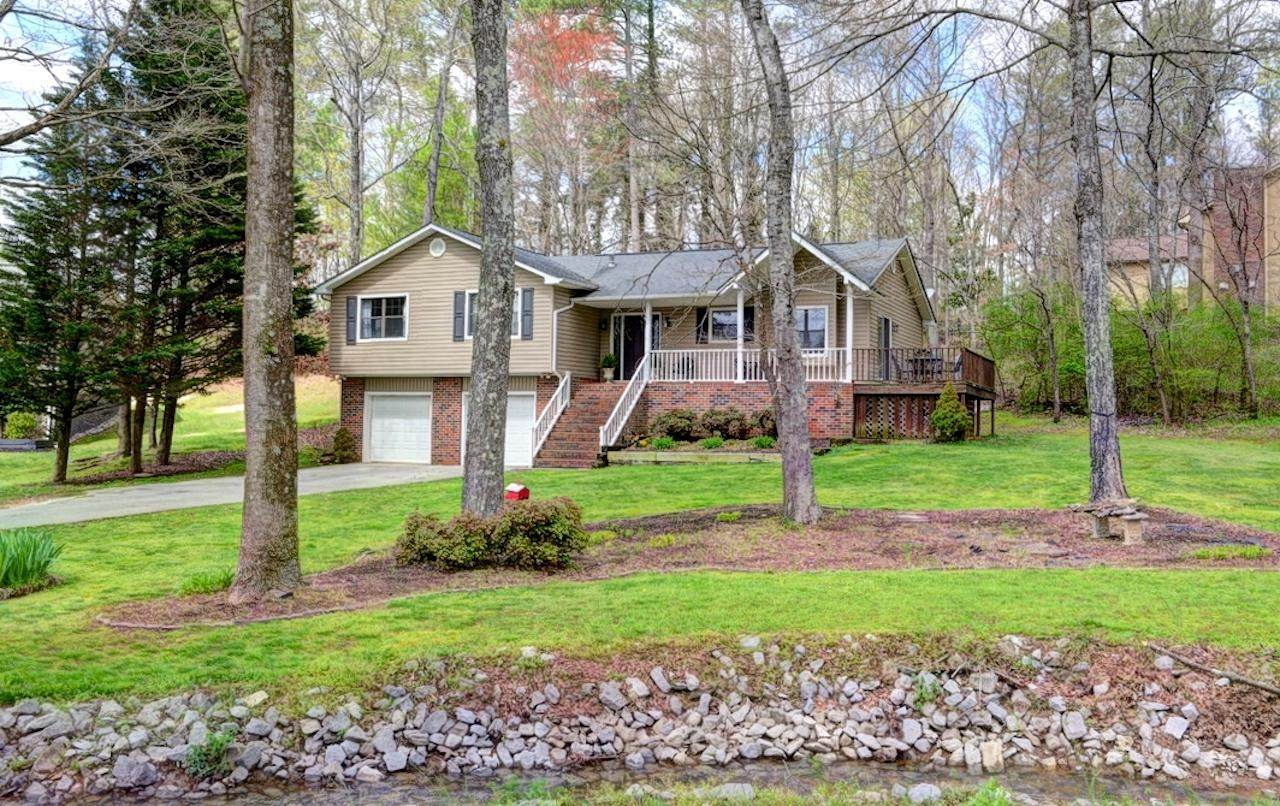 136 Twin Oaks Ct - Photo 1