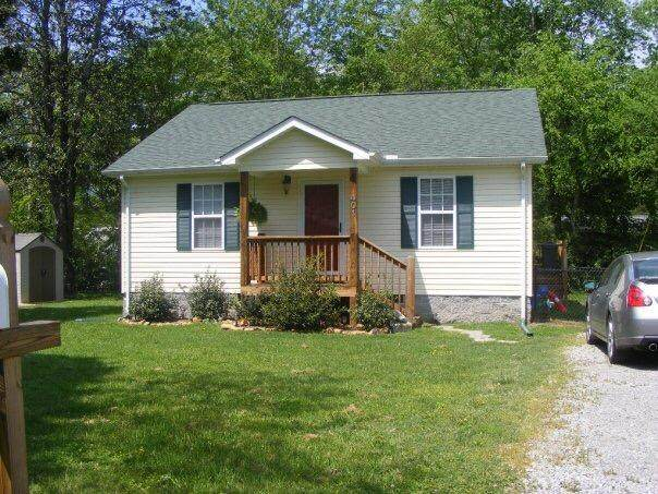 401 Poplar St, Jasper, TN 37347 (MLS #1319957) :: Keller Williams Realty | Barry and Diane Evans - The Evans Group