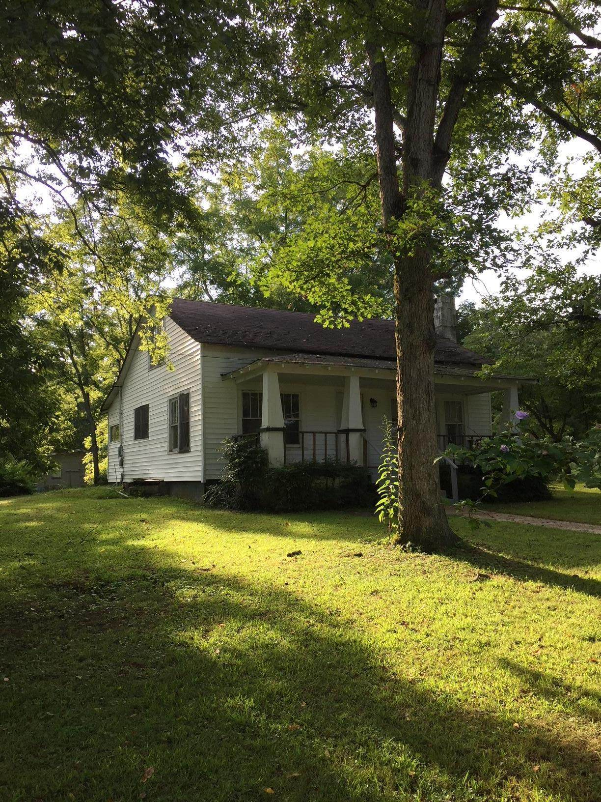 3204 County Road 817 - Photo 1