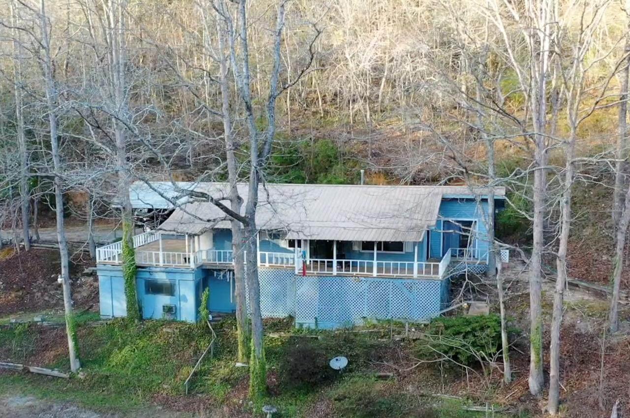 1282 Lodge Rd - Photo 1